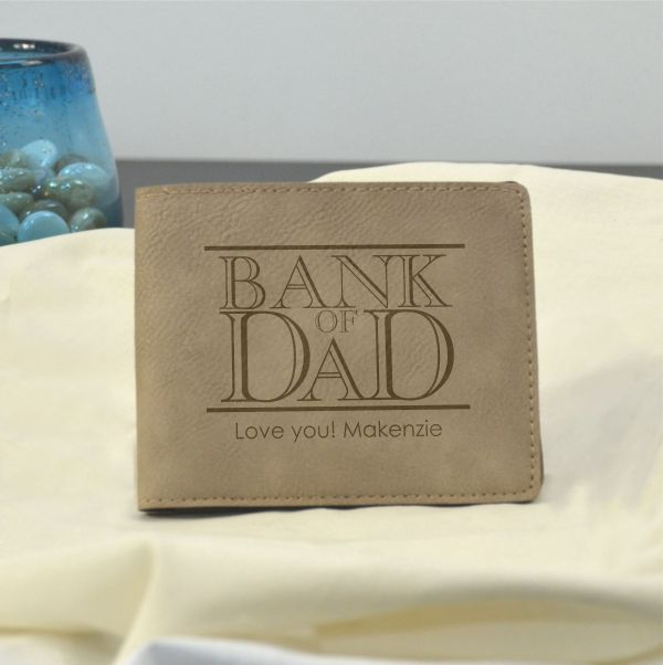 Gifts: A Wallet for Dad