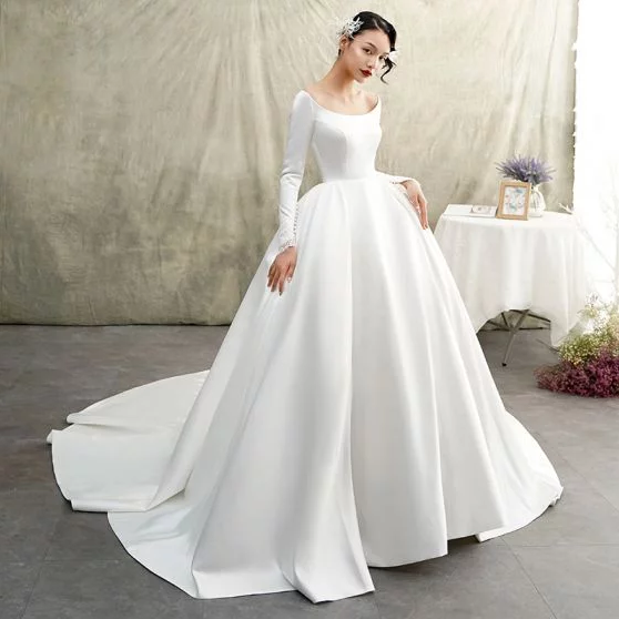 Tips for buying the wedding dress online
