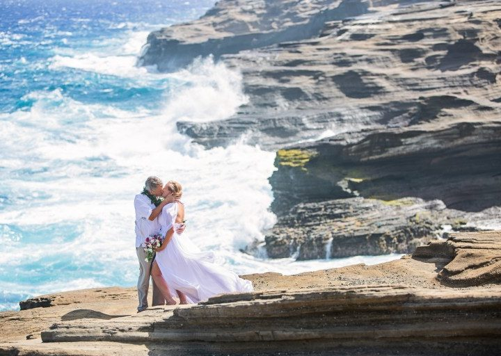 Hawaii Weddings on a Budget